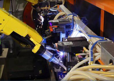 robotic-welding-trunnion-automotive-parts-004