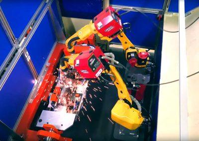 robotic-welding-trunnion-automotive-parts-018