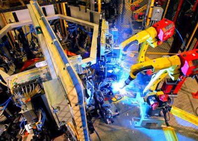 robots-welding-automotive-parts-015